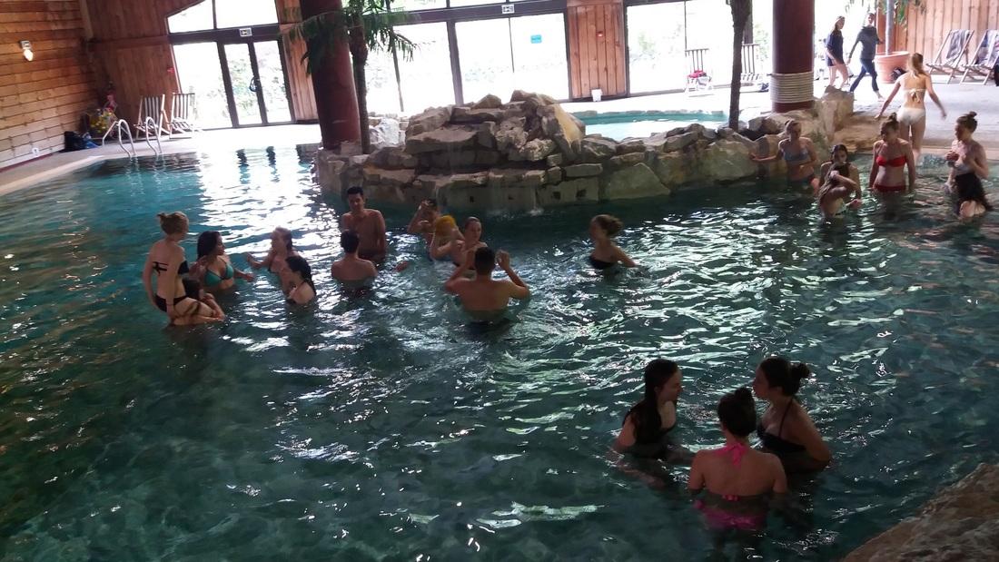 D tente la piscine r vises for Piscine samoens